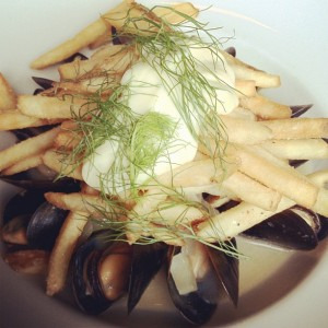 Mussel frites, Belgian style, aioli
